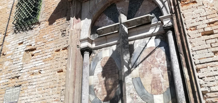 De la Casa Pilatos a la Cruz del Campo
