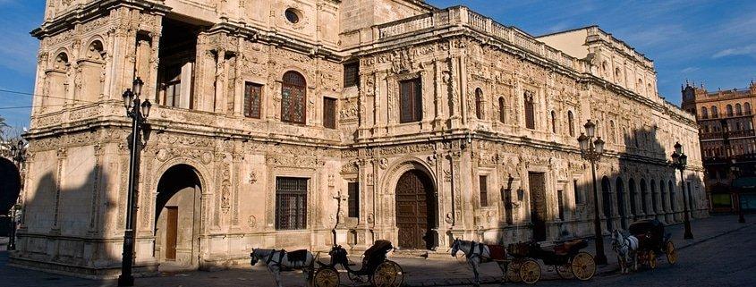 Visitas de Sevilla. Actividades Navidad 2012. Mapping en el Ayuntamiento