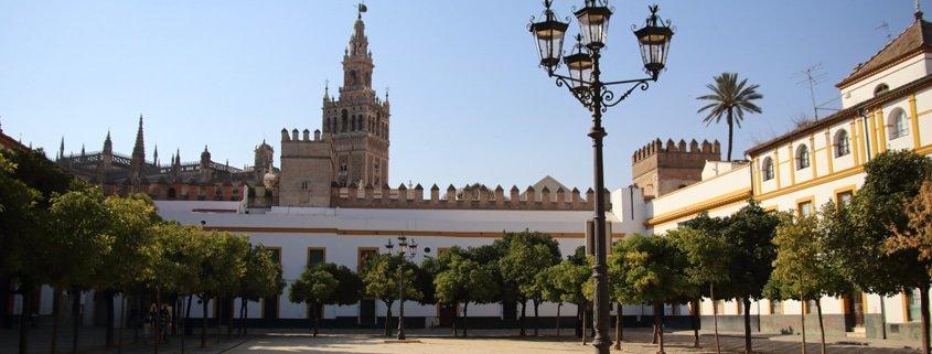Tours por Sevilla : EXCAVACIONES DEL PATIO DE BANDERAS