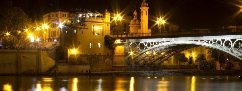 Guía de Sevilla. TourSevilla en Facebook