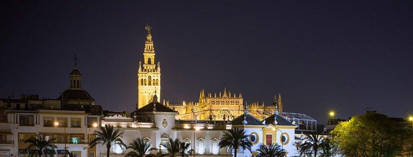 Visitas guiadas en Sevilla: La ciudad al atardecer