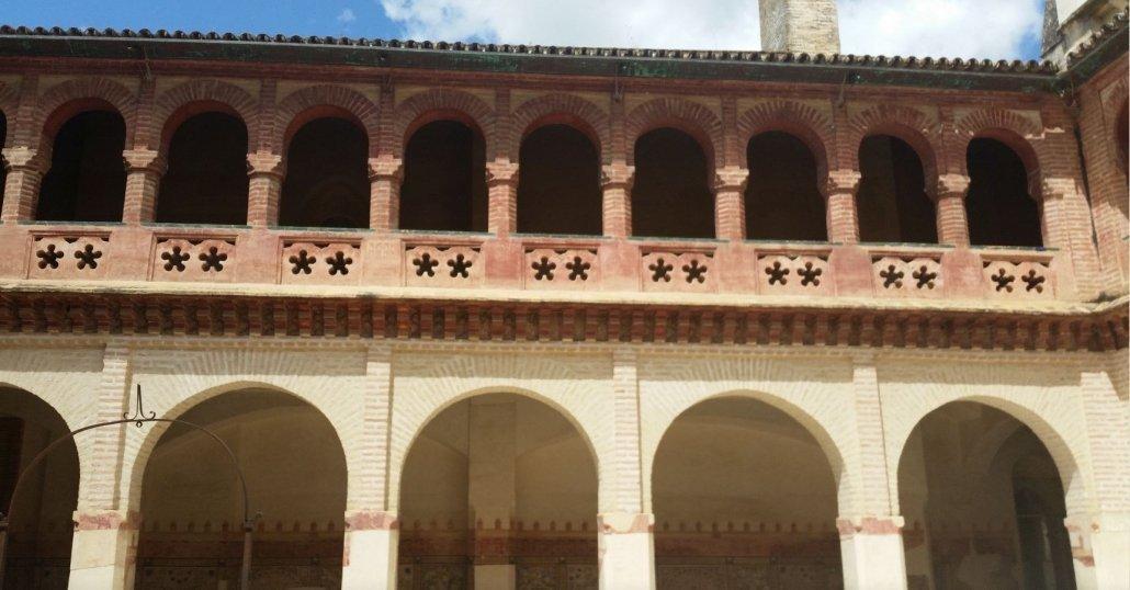 Visitas culturales de Sevilla originales. Una visita al monasterio de San Isidoro del Campo